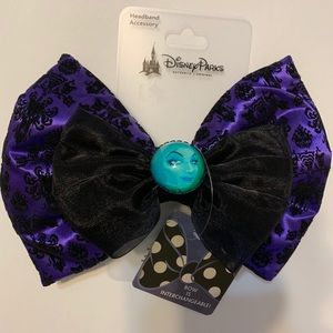 Disney Haunted Mansion Bow